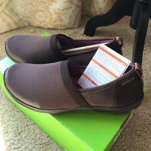 Crocs - ladies brown slip on casual shoes
